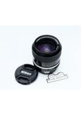 Nikon f 28mm f2 Pre Ai