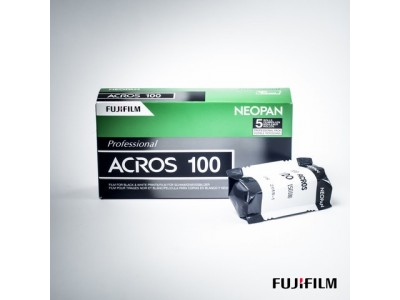 *** Fuji Neopan Acros 100 120 (5 rol) *** Special Offer Exp 08/2021