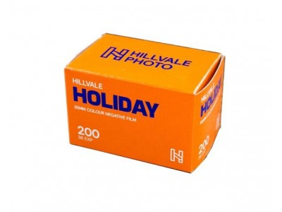 Hillvale Holiday 200  135-36 (1 rol) EXP6/21